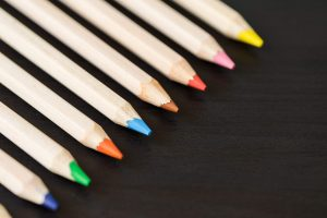 colored-pencils-in-a-row-with-room-for-text_free_stock_photos_picjumbo_dsc03450-2210x1474